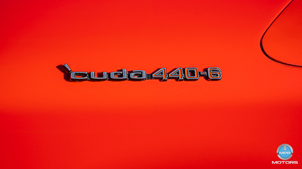 1970-Plymouth-Cuda-440-6-barrels-15