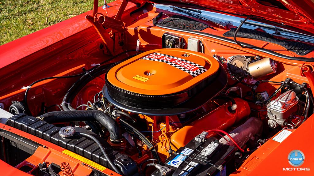 1970-Plymouth-Cuda-440-6-barrels-19