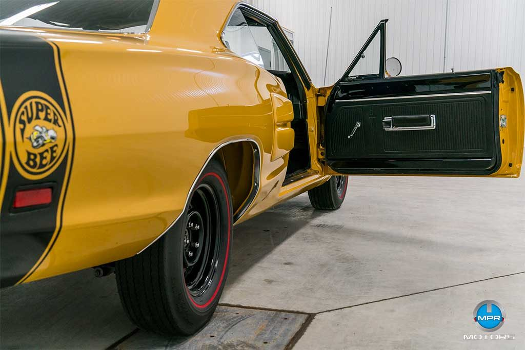 1969_Dodge_Superbee-63A
