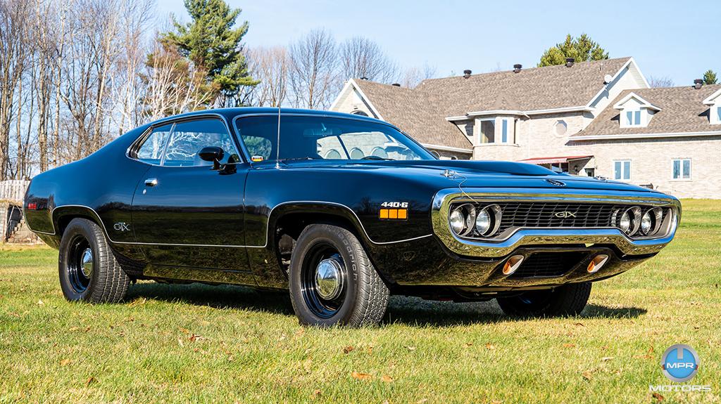 1971-Plymouth-GTX-440-6-barrels-23