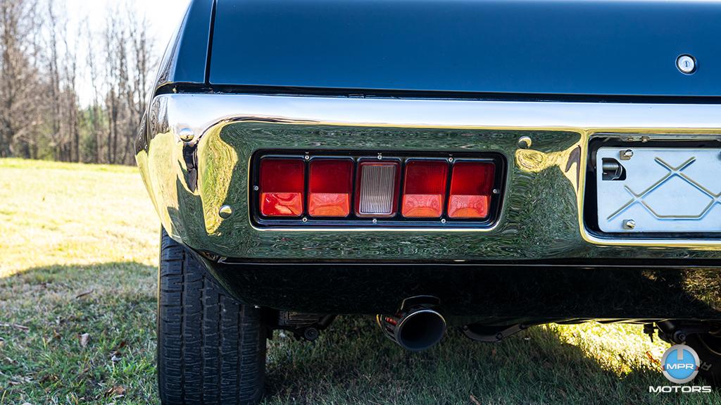 1971-Plymouth-GTX-440-6-barrels-30