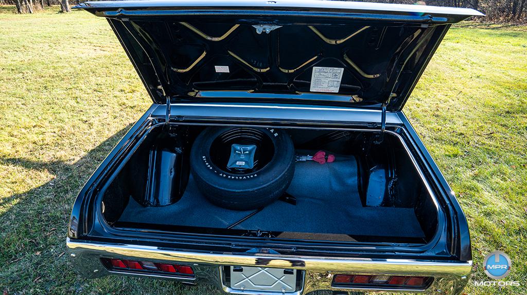 1971-Plymouth-GTX-440-6-barrels-39